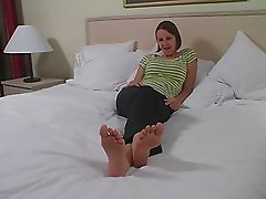 Haven - Jerk Off And Shoot Over My Feet