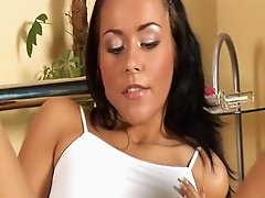 Teen pussy lips are soaking wet as the girl fucks a toy