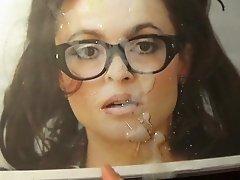 Helena Bonham Carter makes me cum