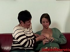 Eurobabe scissoring grandma after oral sex