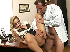 Secretary lets the boss fuck her in the ass
