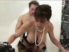 Lady Sonia gets pussy rammed by cock