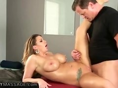 Oiled woman with big boobs, Brooklyn Chase got fucked during a massage therapy until she came