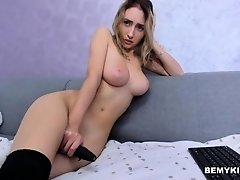 Cam  Show With Warm Slim Blonde Camwhore