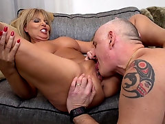 Mature chubby blonde MILF Miss Gabrielle Fox spreads her legs for cock