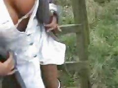 Deutsche im Wald gefickt