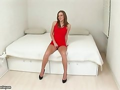 Cute and sexy Inna toys her hot ass and pose on camera